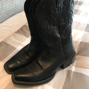 Ariat women's boots size 7